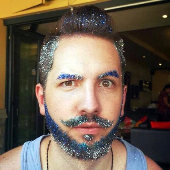 csillámporos haj és szőrzetdíszítés