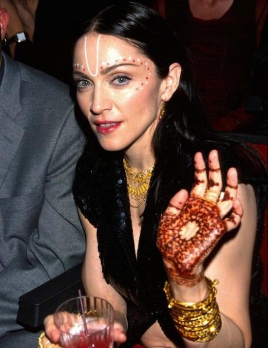 Henna Madonna