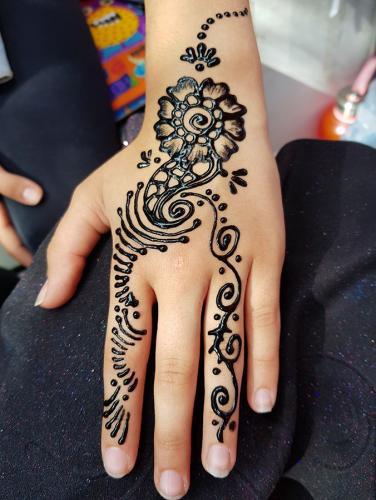 henna tetoválások