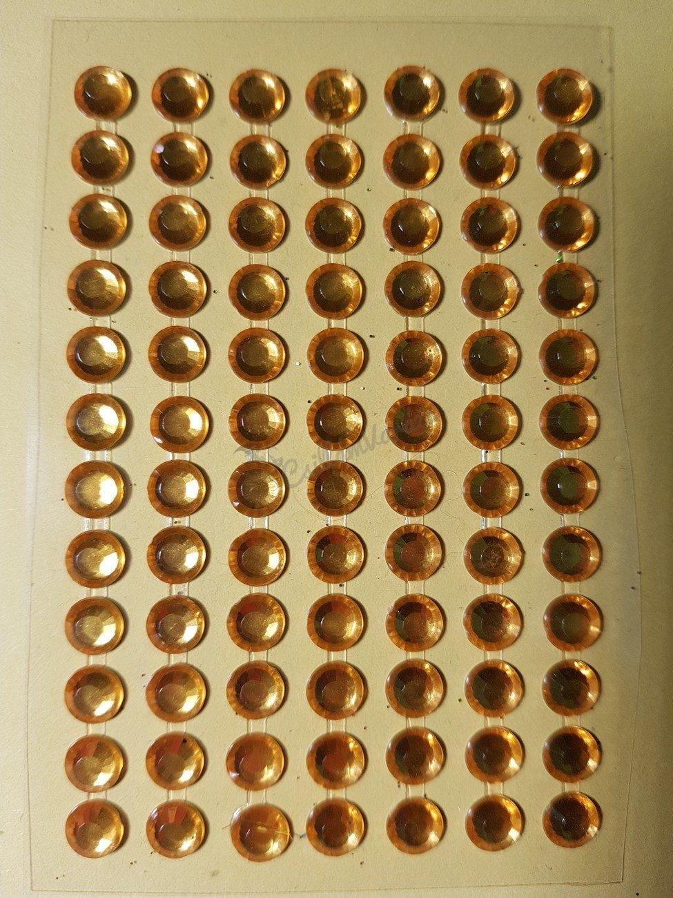 Arany csiszolt kő hatású strasszkő (84db)