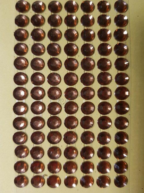 Világosbarna színű csiszolt kő hatású strasszkő (84db)